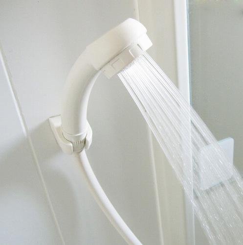 シャワー ガス代 水道代